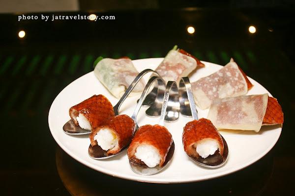 櫻桃鴨吃到飽只要99元!創意鴨壽司結合起司味道更濃厚。華亭聚【新北聚餐餐廳】