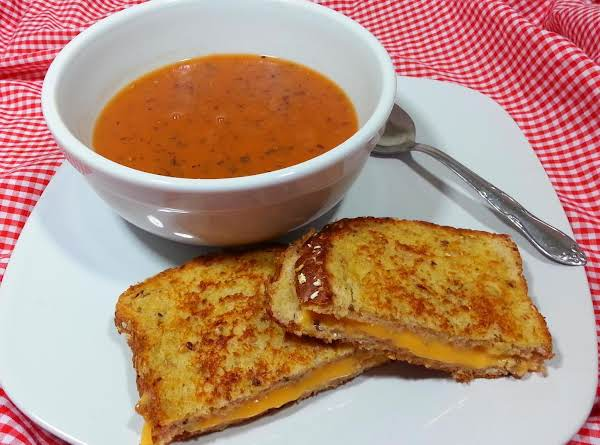 I Love Grilled Cheese And Tomato Soup During These Cold Monthes.