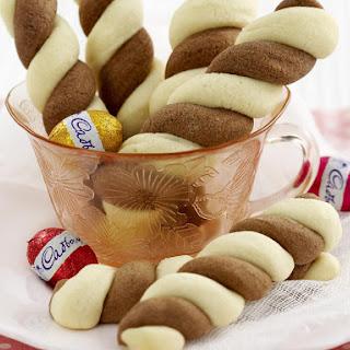Easter Shortbread Twists.