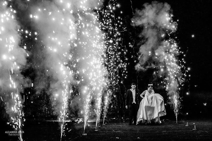 Wedding photographer Alejandro Souza (alejandrosouza). Photo of 04.10.2018
