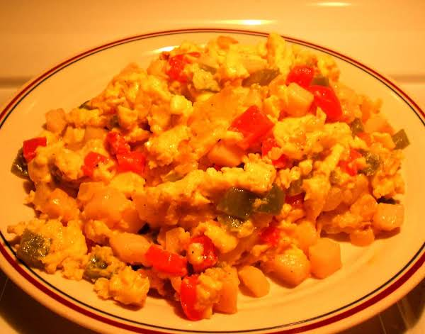 Tasty Onion, Pepper, Potato & Egg Hash Recipe