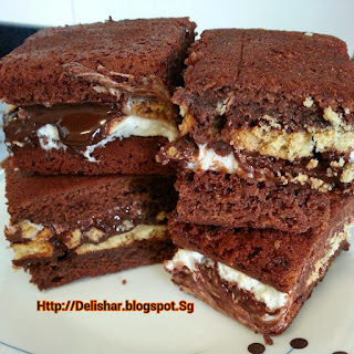 S'mores Sandwiched Milo Brownie!
