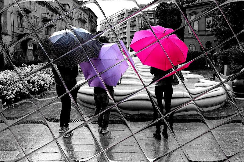 tre sotto la pioggia di Naldina Fornasari