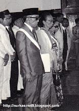 Photo: Andi Pangerang Petta Rani, Andi Depu Maraddia Arajang Balanipa, dan Andi Tenripadang Opu Datu (Isteri Andi Djemma Datu Luwu).Andi Pangerang Petta Rani menjabat Gubernur Militer Sulawesi tahun 1956-1960, lahir di Mangasa, Gowa, 14 April 1903, wafat 12 Agustus 1975 dan dimakamkan di Taman Makam Pahlawan Panaikang, Makassar.