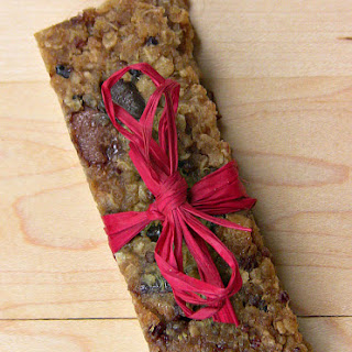Date-Sweetened Quinoa Power Bars