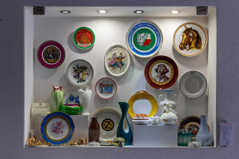 Żywe Muzeum Porcelany, wystawa starej porcelany