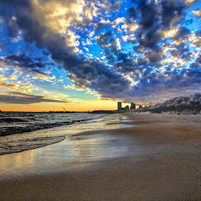 Natures Lightshow by Anna-Lee Nemchek Cappaert - Landscapes Waterscapes ( milwaukee, sand, winter, lake michigan, cold, sunset, beach, lakefront, city )