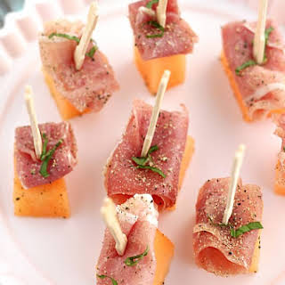 Proscuitto and Cantaloupe Appetizers.