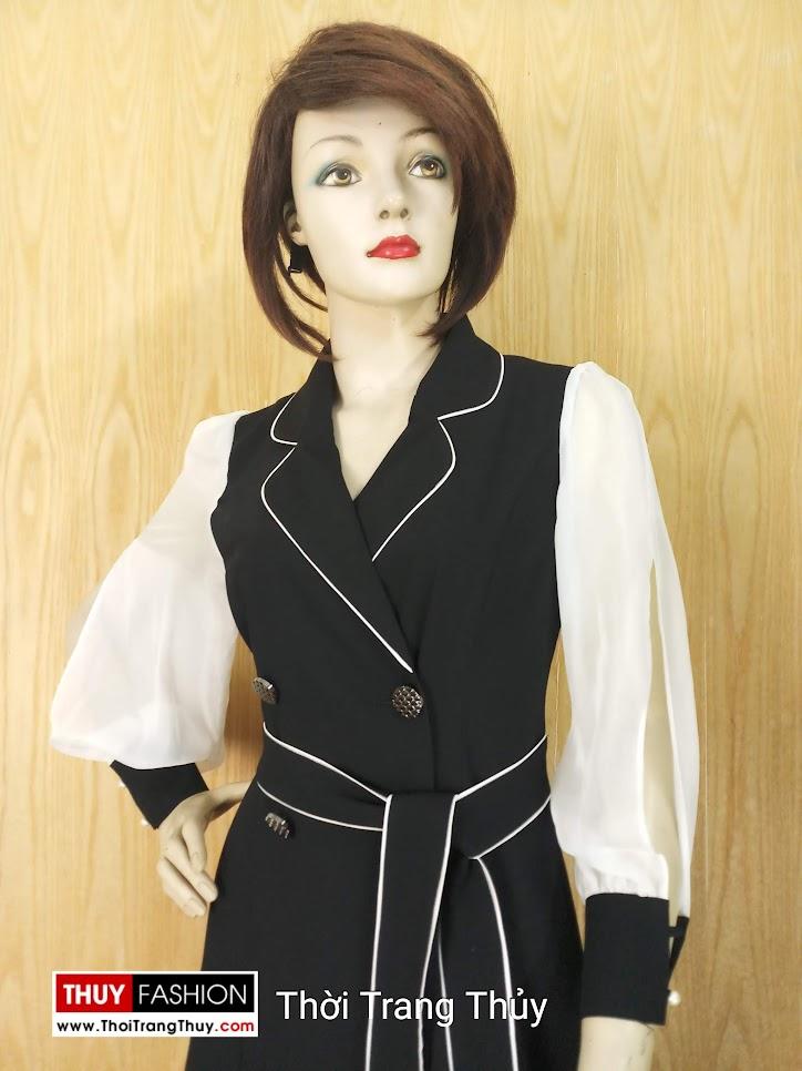 Váy xòe cổ vest nữ tay bồng xẻ quyến rũ V641