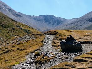 Photo: Attraversando la lunga Val d'Eyne, verso il colle.