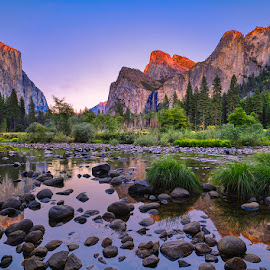 Yosemite. by John Aavitsland - Landscapes Mountains & Hills ( 2018, usa, yosemite, sunset, october, autumn )
