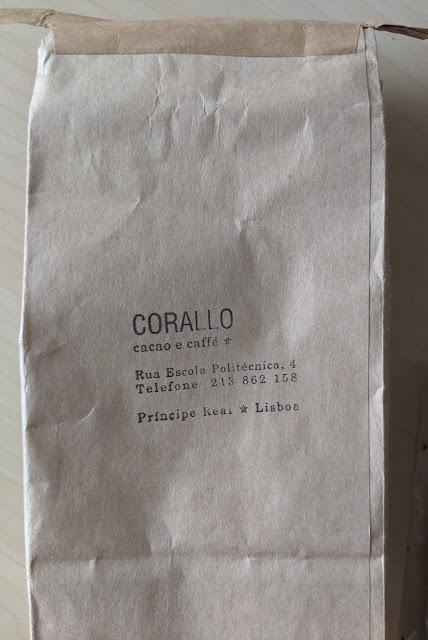 75% bettina & niccolo corallo sesame chocolate