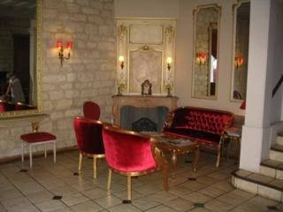 Louvre Piemont Hotel