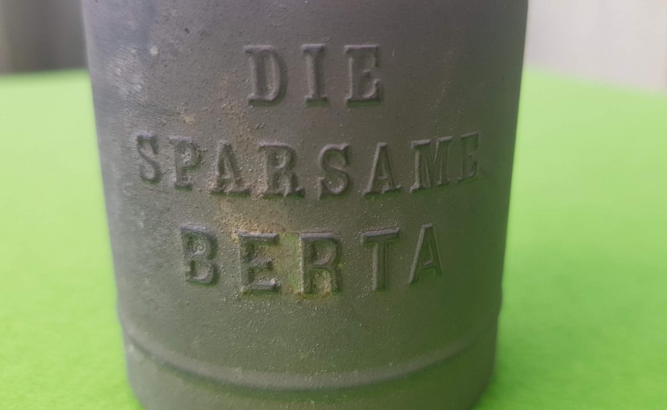 Spardose - Die sparsame Berta - um 1915