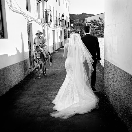 Wedding photographer Miguel García Rubio (fotogenia). Photo of 01.06.2016