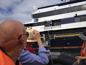 Photo: Arrival at the Islander via Zodiac