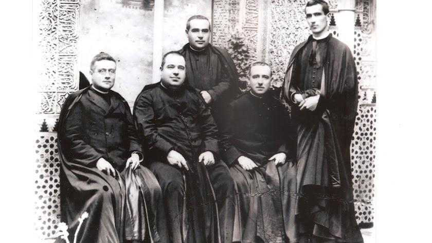De izquierda a derecha: Joaquín Peralta Valdivia, Juan Cuenca Carmona, Federico Salvador Ramón, Pío Navarro Moreno y Diego Ventaja Milán.