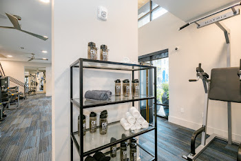Go to Cue Galatyn Station Apartments website