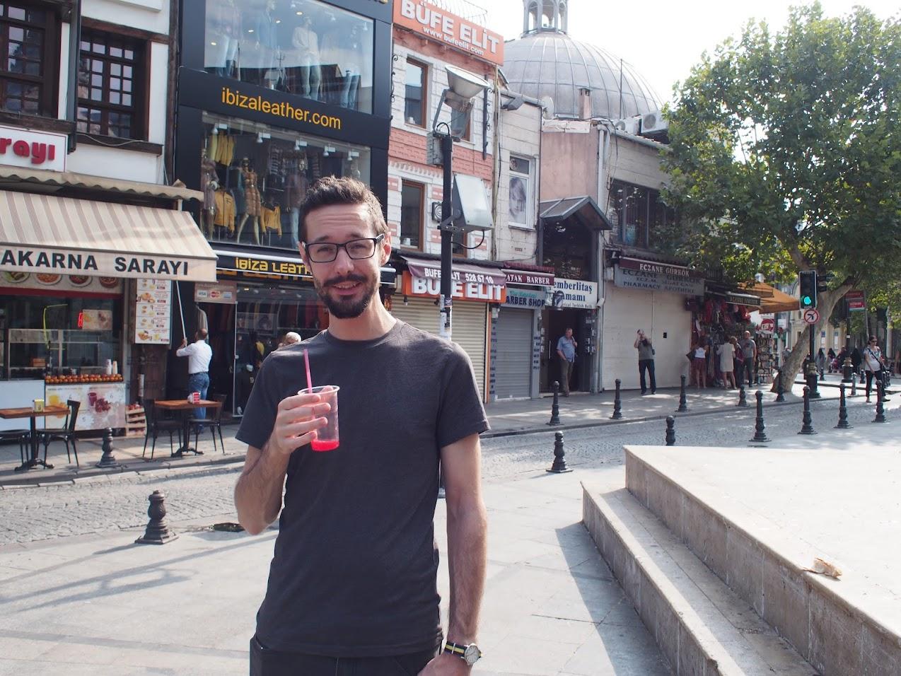 jon pomegranate istanbul