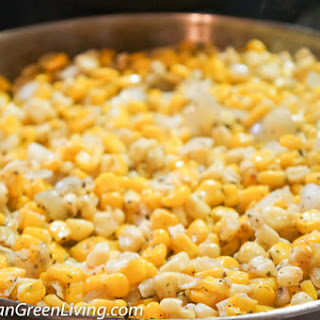 Tasty Pan-Roasted Yellow and White Corn