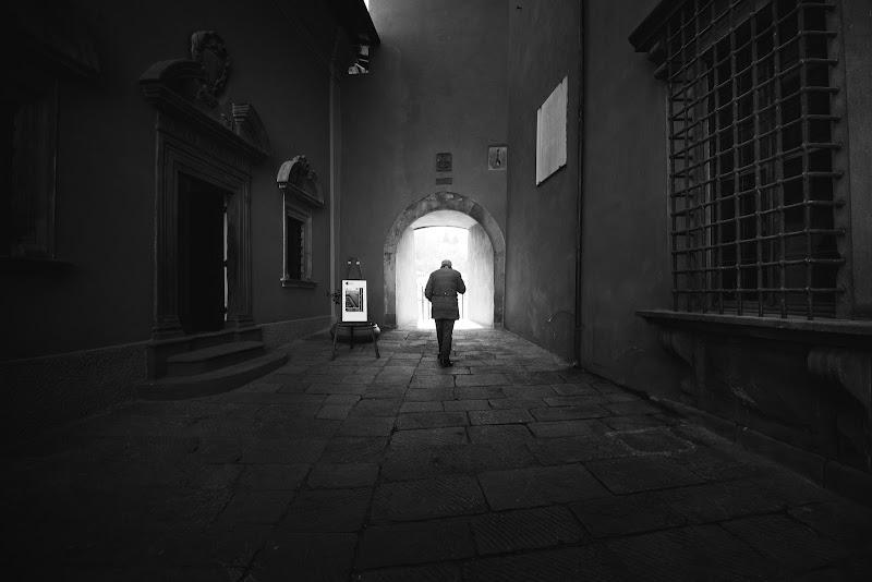 in cammino verso la luce  di Simonetti Andrea