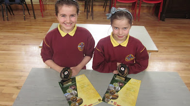 Photo: Fourth Class Winners of History Project