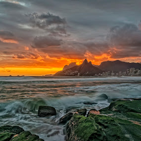 Sunset at Arpoador Rock by Daniel Schwabe - Landscapes Weather ( rio de janeiro, pwcfoulweather, sunset, waves, ocean, beach, storm, brasil, arpoador )