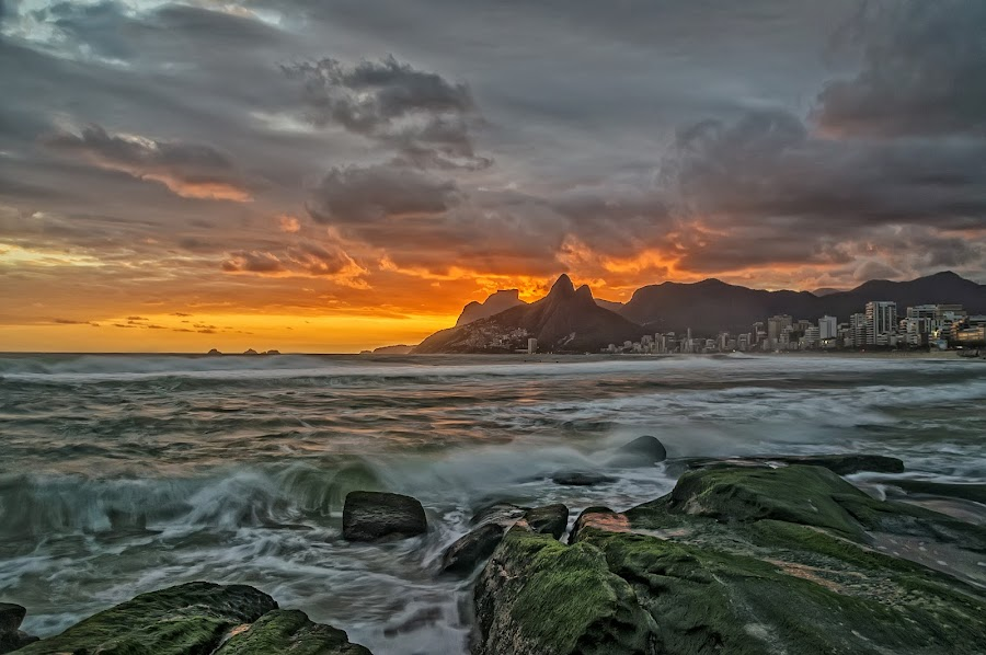 Sunset at Arpoador Rock by Daniel Schwabe - Landscapes Weather ( rio de janeiro, pwcfoulweather, sunset, waves, ocean, beach, storm, brasil, arpoador )