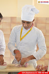 How to define Hotel Management?
