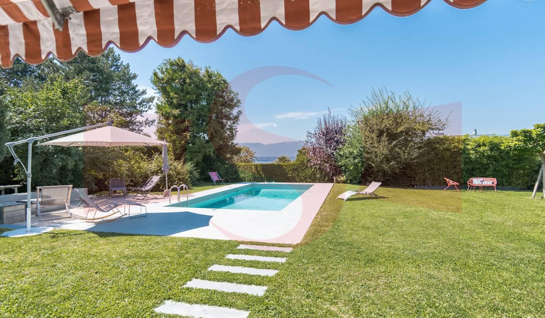 Maison avec piscine Anières