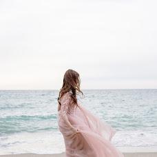 Wedding photographer Aleksandra Schetinina (Chetka). Photo of 08.06.2018