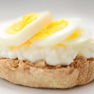 Cheesy Eggwich