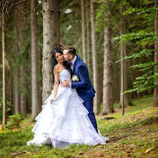 Wedding photographer Mirek Bednařík (mirekbednarik). Photo of 10.07.2018