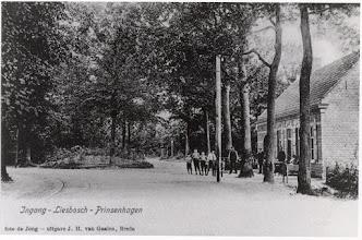 Photo: 1919 Café De Drie Linden van P. Franken
