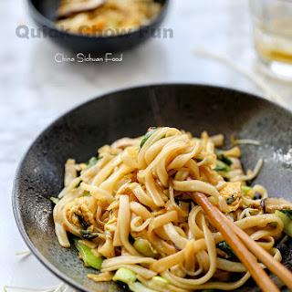 Quick Chow Fun-Vegetarian Chow Fun.