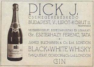 Photo: Reklama napojów alkoholowych Pick J.
