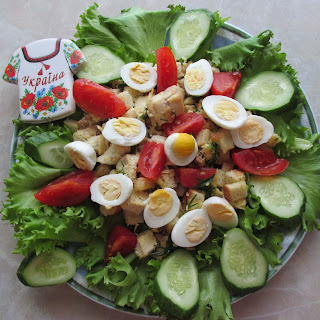Chicken, Tomato, Cucumber, and Egg Salad