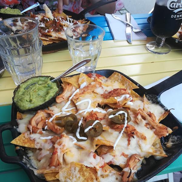 Delicious and glutenfree nachos with chicken