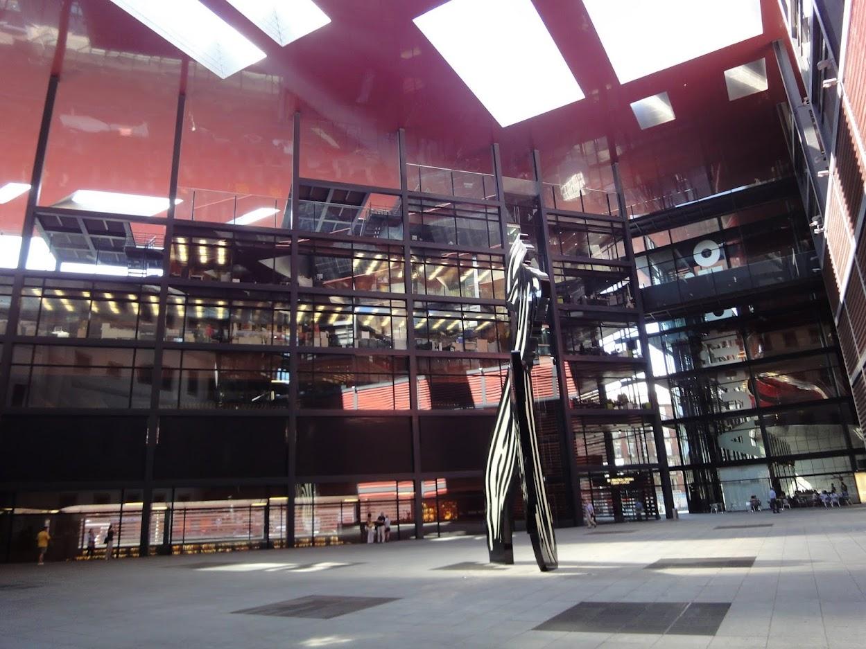 Espace Jean Nouvel au Musée national centre d'art Reina Sofía à Madrid