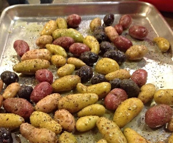 Easy Garlic Ranch Fingerling Potatoes Recipe