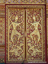 Photo: Detail of door at Wat Phrathat Doi Suthep