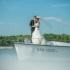 Wedding photographer Oleg Vorobev (FotoArt). Photo of 27.11.2012