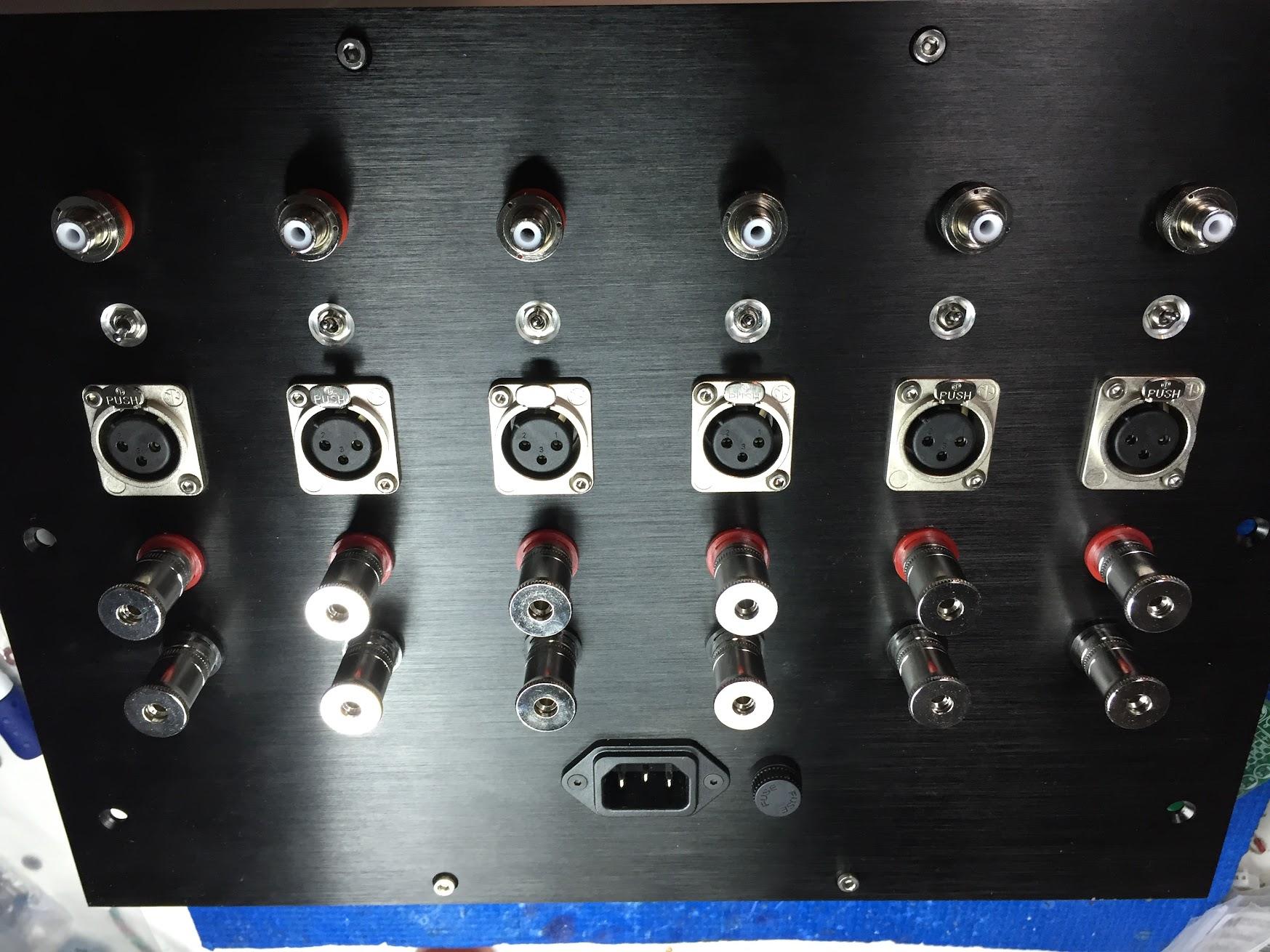 Amplificateur 6 canaux pour actif trois voies OMFCY3CBh1irlILSLZluat1E1gd8a26onmmFMexpYQC1BJvfDTsTHWZWXmfzkHwyXsWH9BpX8A=w1747-h1310-no