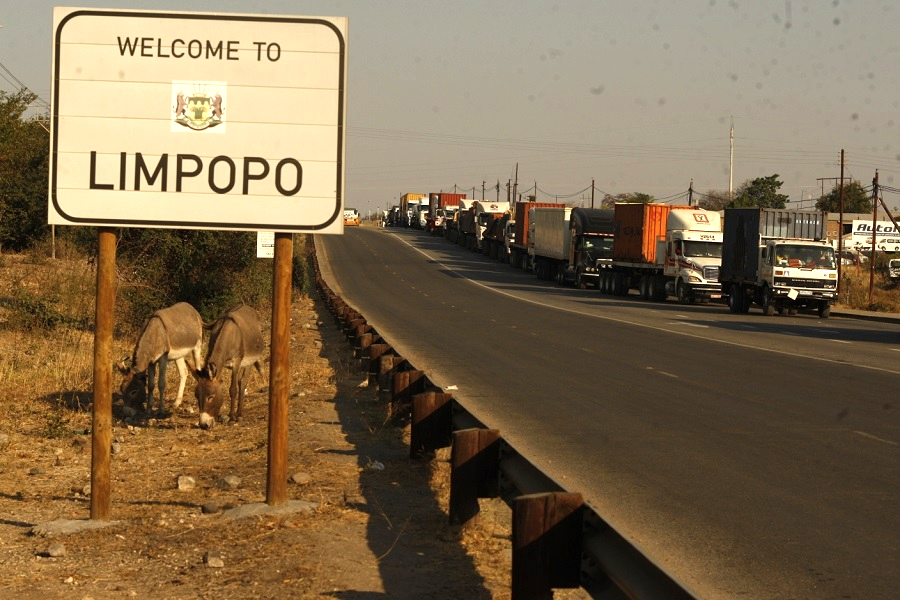 Musina to come back to life as Zimbabwe reopens borders - Business Day