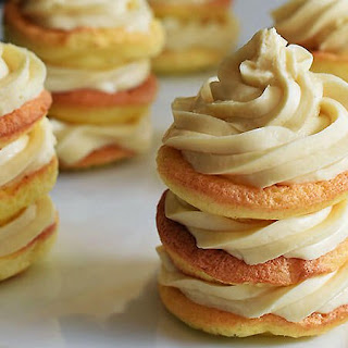Keto Mini Vanilla Cloud Cakes.