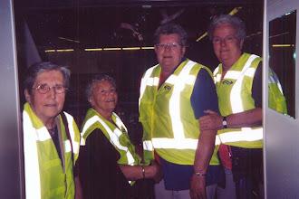 Photo: Geertje Harms, Fenny Staats, Lammie Jansen en Henny Mensies hadden de dag van hun leven bij de spoorwegen in Den Haag 2005