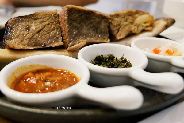 隱身巷弄的低調美味 阿根廷料理M&F深法廚房與深夜裡的法式手作甜點