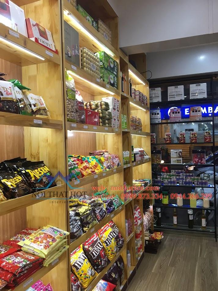 thi công cửa hàng bánh kẹo nhập khẩu 6
