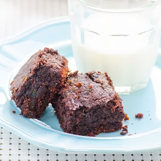Clean Eating Zucchini Brownies.