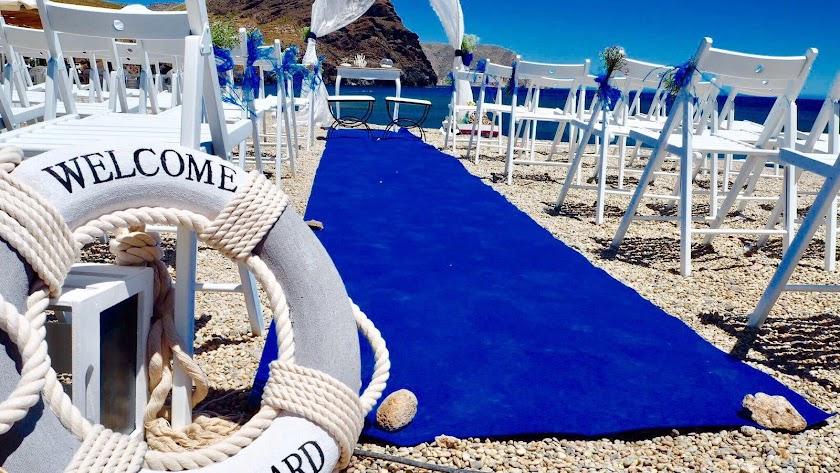 Café del Cabo acoge todo tipo de celebraciones en la playa.